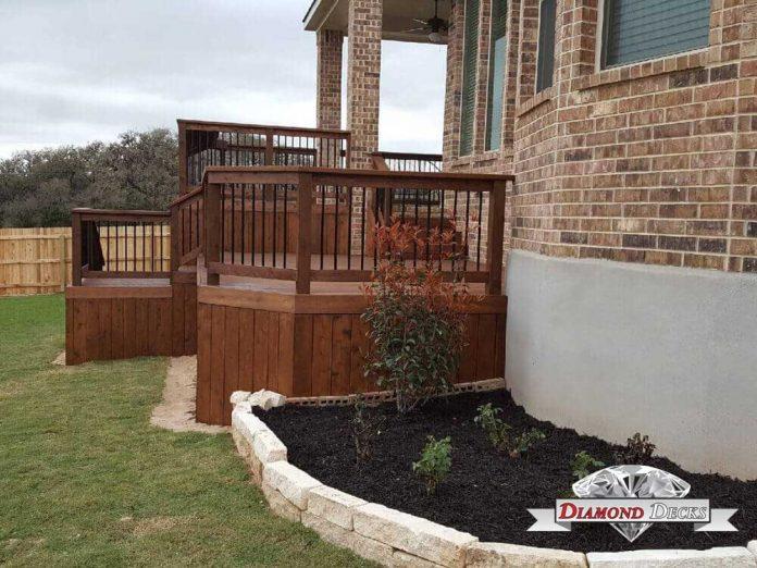 deck builders in San Antonio